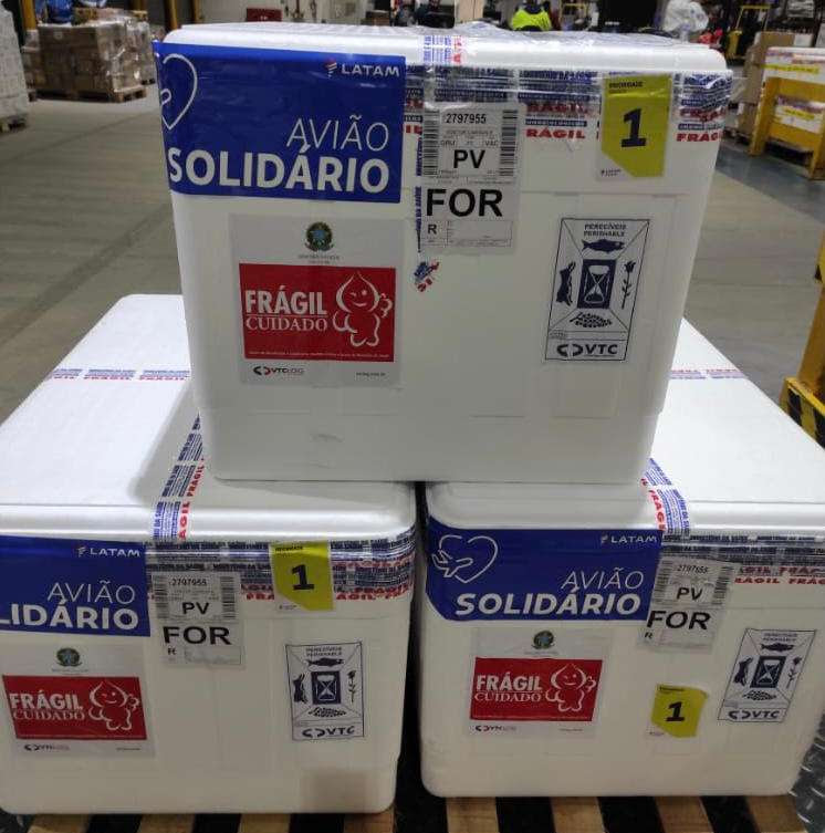 Ceará recebe mais de 25 mil doses de CoronaVac neste sábado (15)