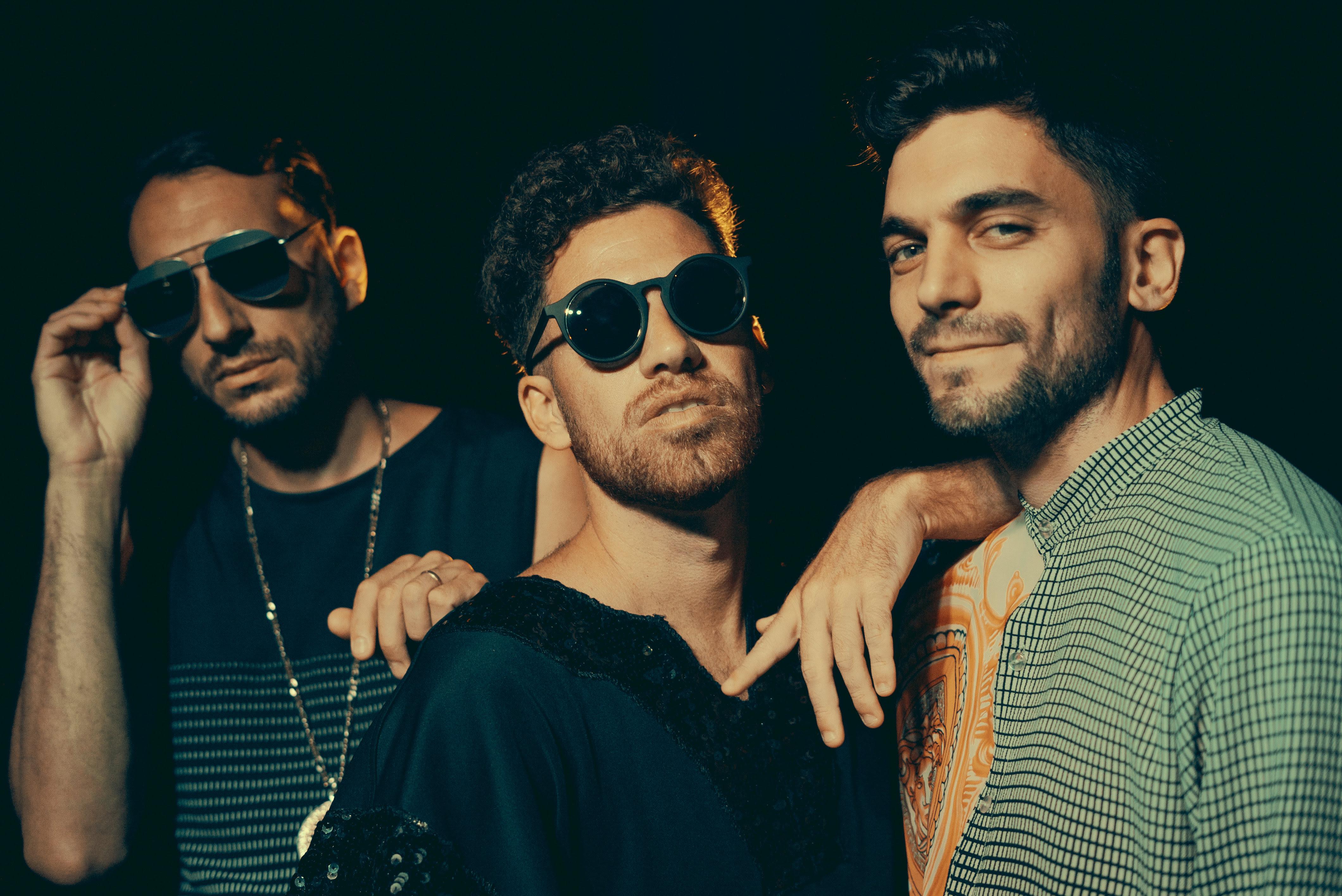 """De la Rivera presenta  su álbum """"A la deriva"""" y estrenan  su videoclip """"Carolyn feat. Ale Sergi"""