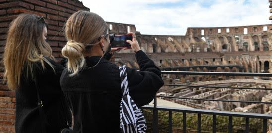 PASQUA 'ROSSA': ITALIA INLOCKDOWN, 70 MILA AGENTI IMPIEGATI PER I CONTROLLI