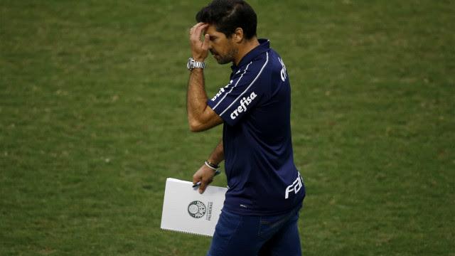 Abel valoriza rivais do Palmeiras na Libertadores: 'Detesto quando desrespeitam'