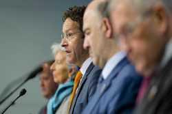 Ντάισελμπλουμ: Ο ESM εκταμιεύει μέσα στην εβδομάδα την δόση των 7,5 δισ ευρώ