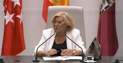 Manuela Carmena preside la Mesa de edad del Ayuntamiento como la concejal con más edad. Rita Maestre, también de Ahora Madrid, entra en la Mesa como la más joven