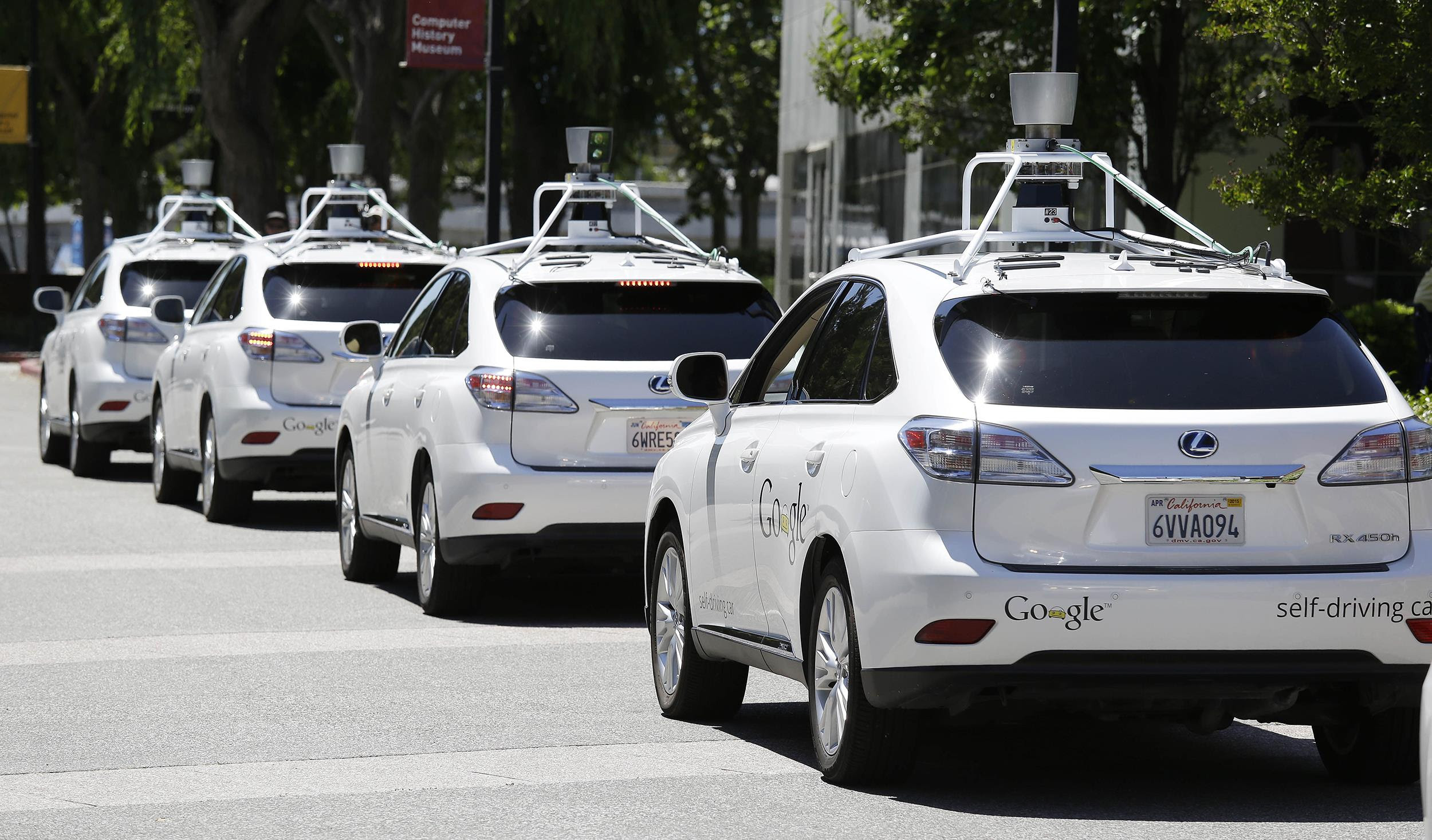 http://gazettereview.com/wp-content/uploads/2015/12/Google-Self-Driving-Cars.jpg