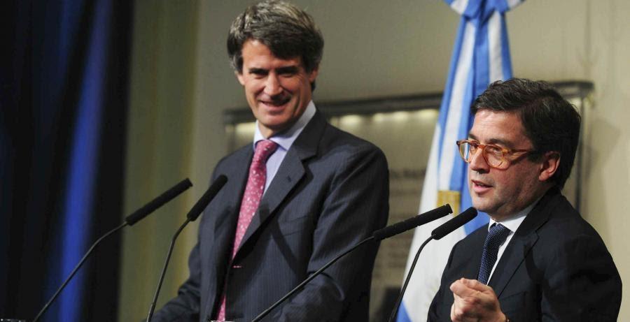 Prat Gay y Luis Moreno. El rostro del ministro argentino es un poema...