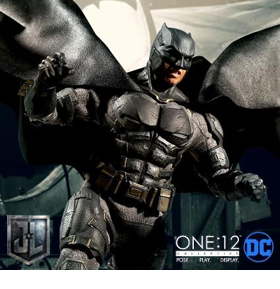 ONE:12 COLLECTIVE BATMAN TACTICAL BATSUIT FIGURE