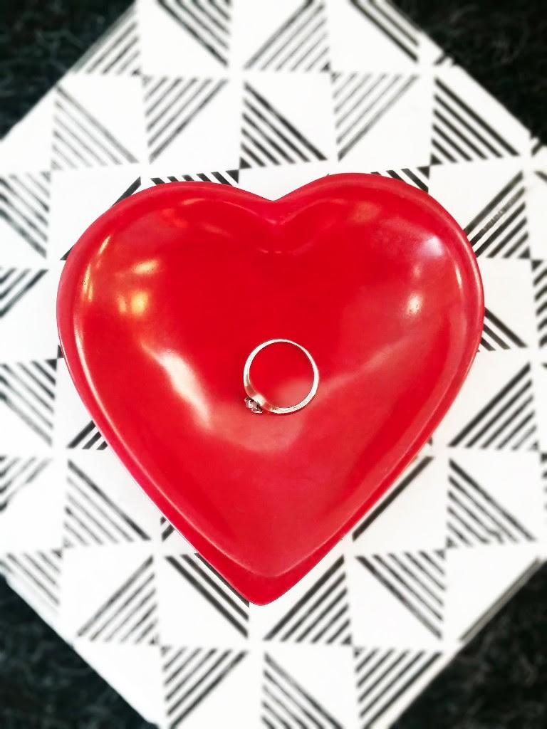 GlobeIn Valentine`s Day Specia...