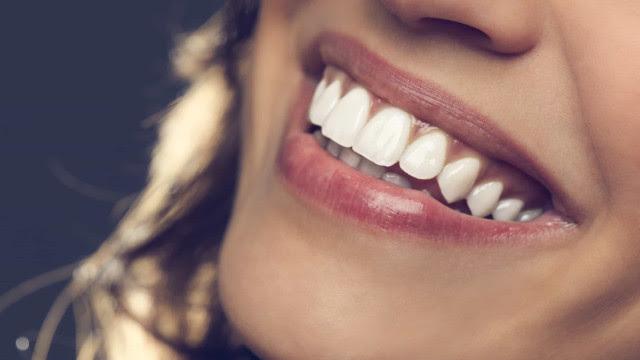 O vinagre de sidra ajuda a clarear os dentes? A resposta da ciência