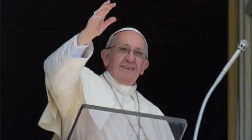 """El Papa pide una Iglesia """"en camino"""", alejada de toda """"parálisis"""""""