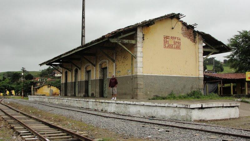 Resultado de imagem para como está a estação ferroviária de São José da Laje (AL)?
