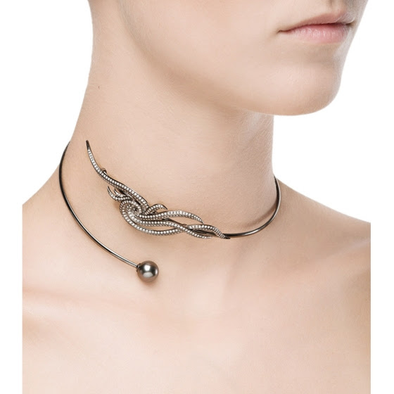 niko koulis_fontana collection 2_Black gold necklace with white diamonds and black pearl.jpg