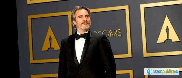 Joaquín Phoenix, ganador a Mejor Actor.