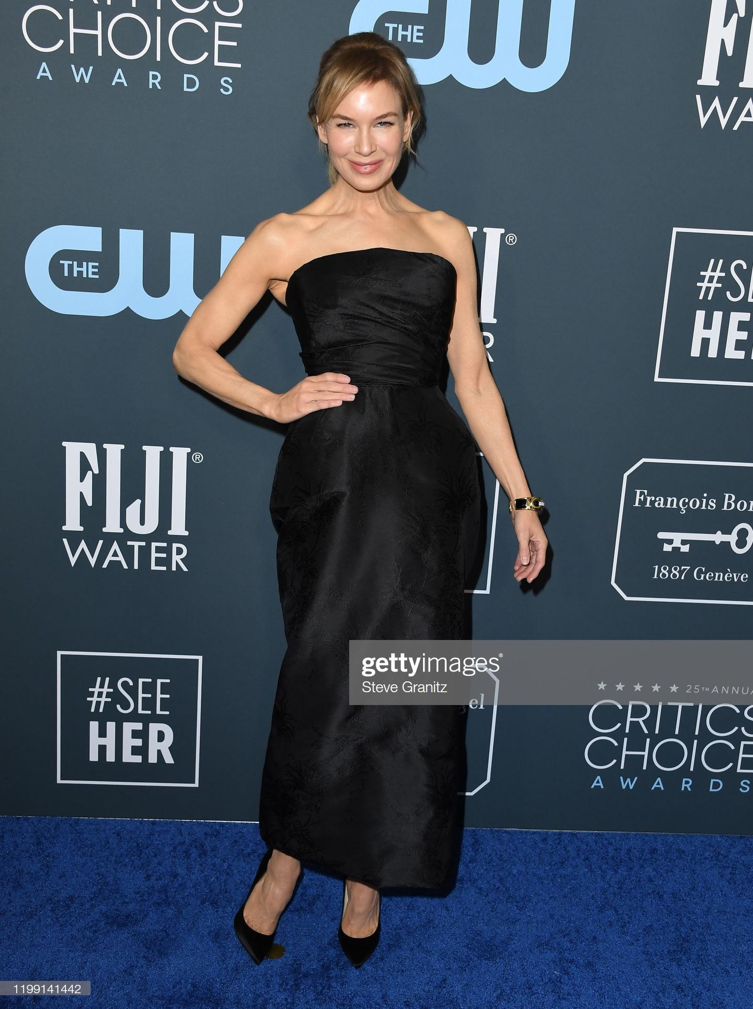 d6d76dfc dfaf 47a1 b43b b54a1de6f029 - Jennifer Lopez y Emily,entre las celebrities que apostaron por Jimmy Choo en los Critics' Choice Awards