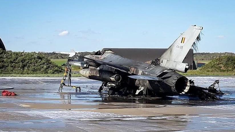 FOTOS: Mecánico dispara por error el cañón de un F-16 y destruye otro caza de la Fuerza Aérea belga