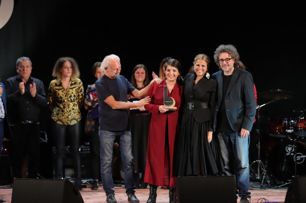 La vincitrice Cristiana Verardo con Gaetano d'Aponte, Tosca e Ferruccio Spinetti - foto di Giorgio Bulgarelli