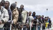 VIDEO. Plus de 5 000 migrants secourus depuis vendredi en Méditerranée