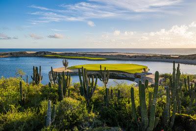 Campo de golf diseñado por Greg Norman en Rancho San Lucas