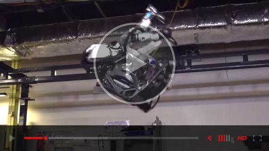 robots-ascensor-video