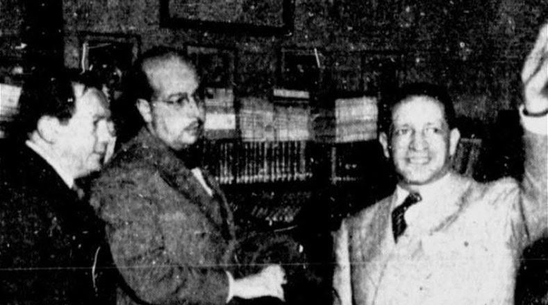 Una de las últimas fotografías tomadas a Jorge Eliécer Gaitán en la oficina del jefe liberal.