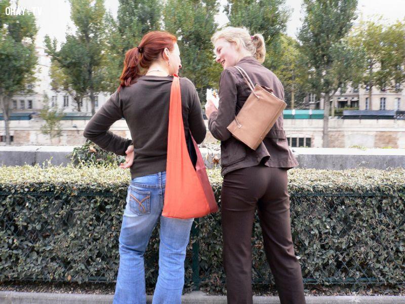 Ở Pháp, phụ nữ không được mặc quần
