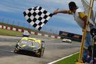 Luca Milani vence a corrida 1 do Brasileiro de Turismo em Santa Cruz do Sul (RS) (Fernanda Freixosa/Vicar)