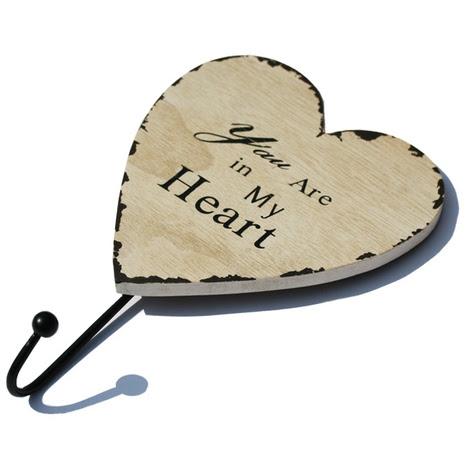Extreme Valentin-nap - Szív alakú fa fogas 1 fém akasztóval, Méret: 15x4,5x23 cm
