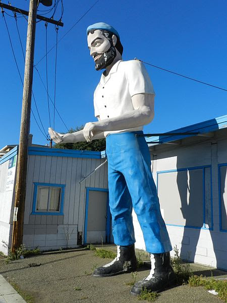 File:Big Mike, Muffler Man, Hayward, California.jpg