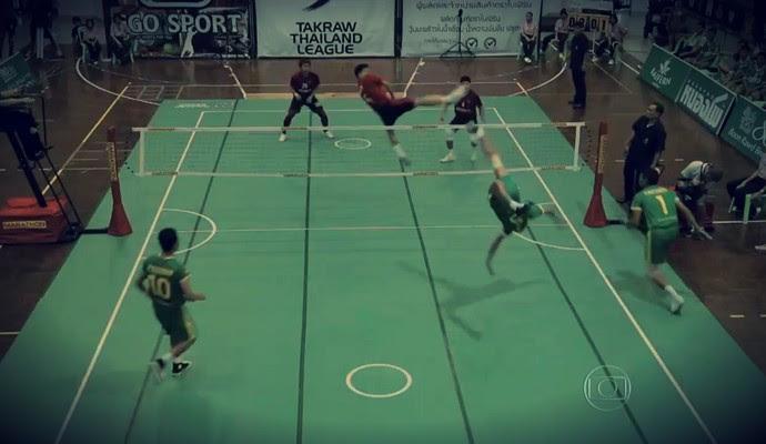 Sepak Takraw é um esporte que requer habilidade (Foto: Reprodução TV Globo)
