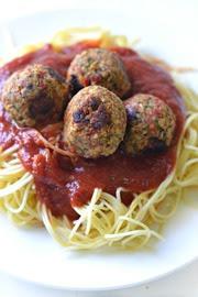 Spaguetti con albóndigas veganas