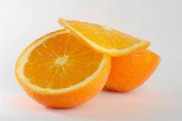 Một ly nước cam tươi vắt là một cách thú vị và lành mạnh để bắt đầu một ngày của bạn.