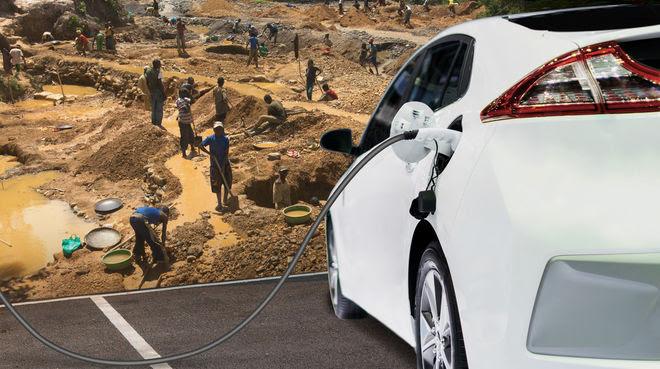 Fotomontaje: mineros en Congo y automóvil eléctrico