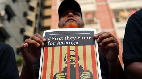 Hasta 175 años tras las rejas: EE.UU. anuncia 17 nuevos cargos criminales contra Assange
