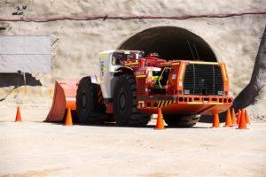 """Canadá tiene un problema con las empresas mineras """"zombis"""", según expertos"""