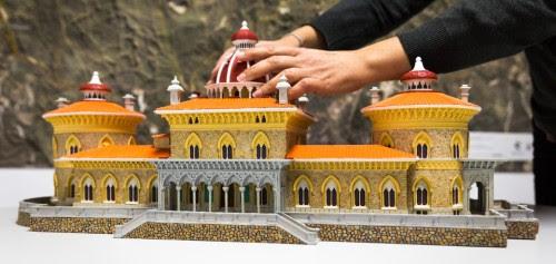 O modelo tridimensional do Palácio de Monserrate, que permite aos visitantes cegos tocar e conhecer melhor a volumetria do edifício
