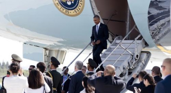"Ooh Burn: China ""Intentionally Disrespects"" Obama on Arrival at G-20 Summit; Gives Putin ""Red Carpet Treatment"""