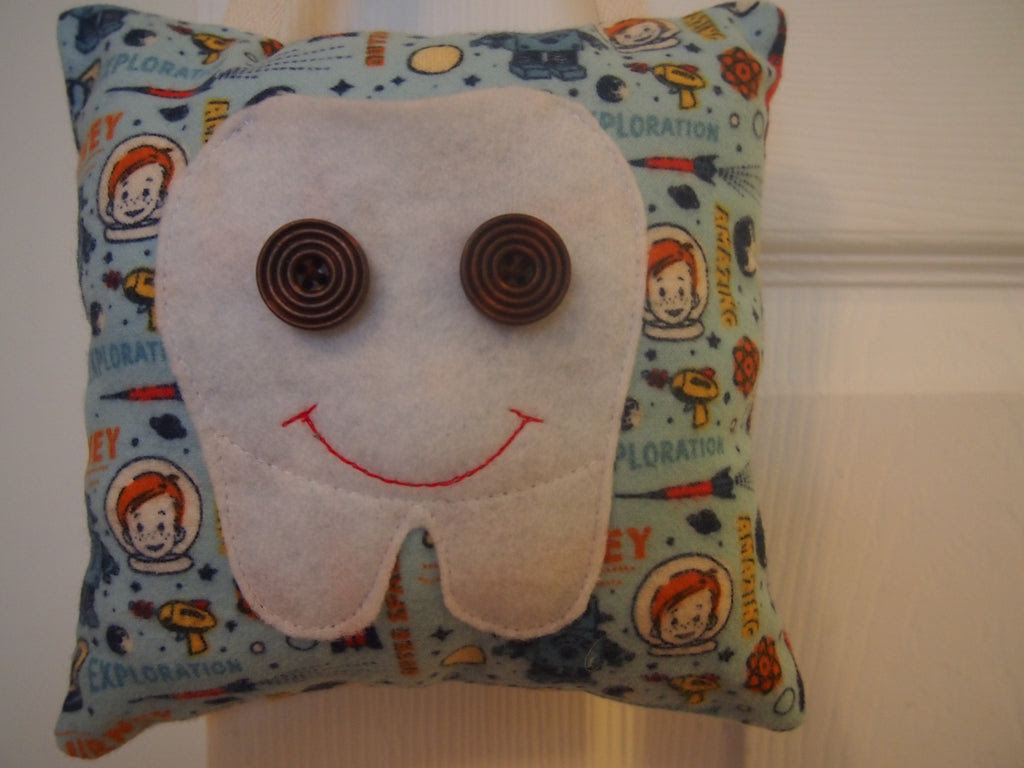 Sew With Me Tooth Fairy Pillow - (Ages 5-8 with Adult) - Sunday, October 19th, 10:00 to 11:30 am