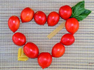 tomato_heart.jpg