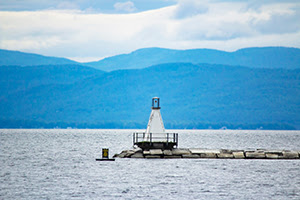 Burlington Breakwater South Lighthouse - unsplash - Gautam Krishnan