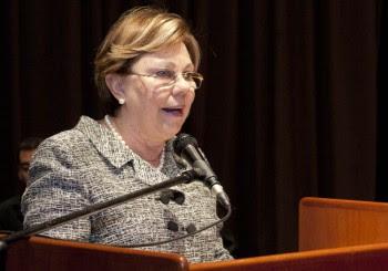 Presidenta de la Asociación de Egresados de la UCV, Imelda Cisneros