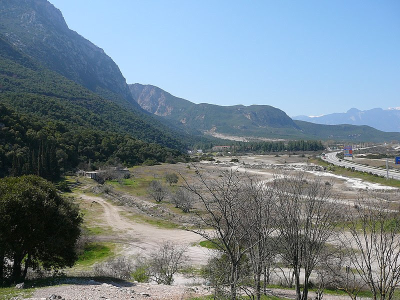 File:Thermopylae ancient coastline large.jpg