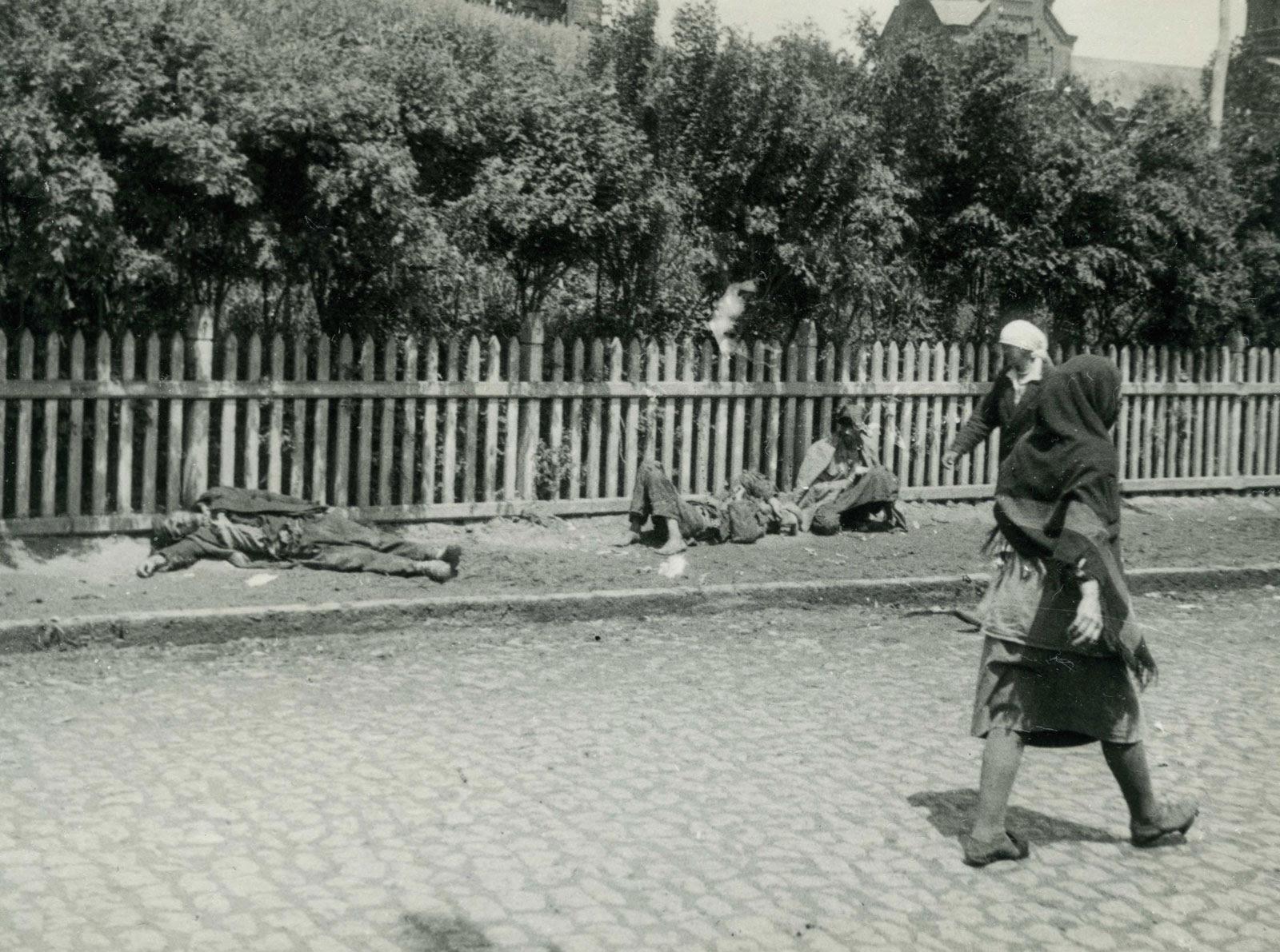 File:GolodomorKharkiv.jpg