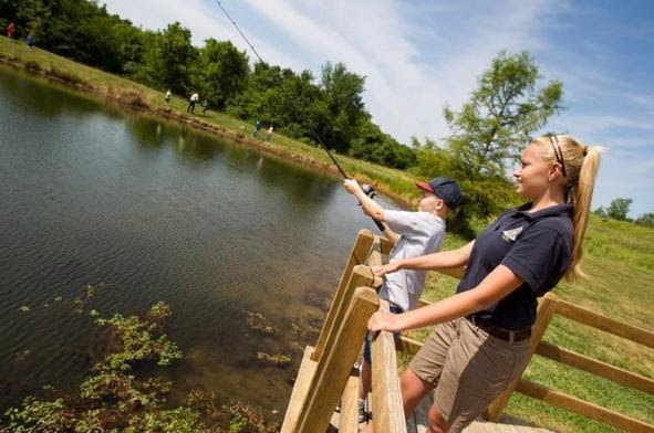 Missouri outdoors mdc invites youth families to free for Missouri conservation fishing license