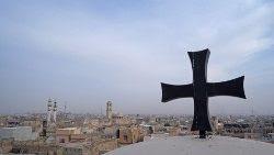 Cruz de la Iglesia de Santo Tomás en Mosul, Iraq.