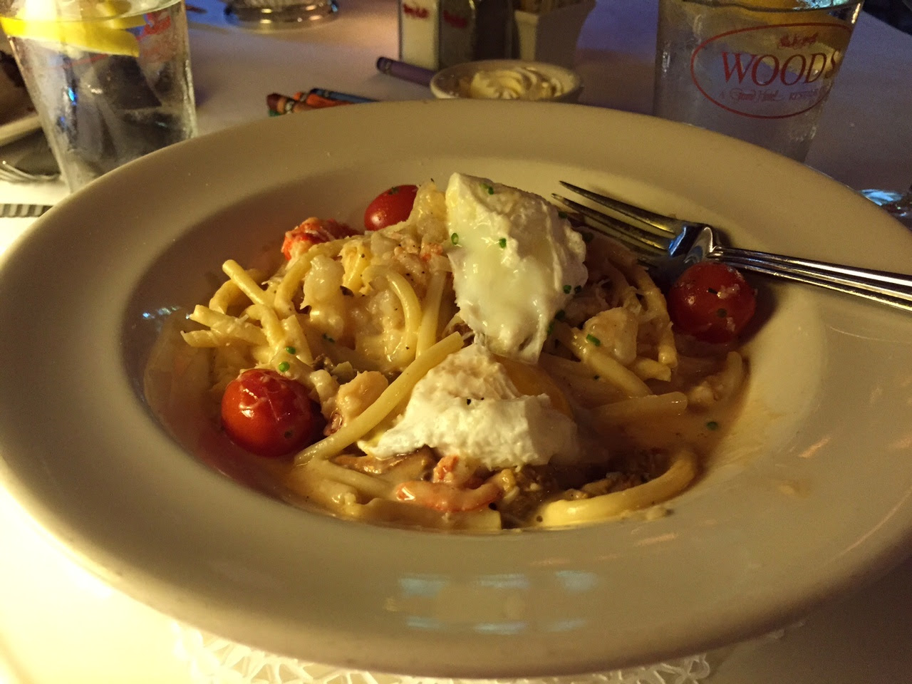 As an entrée, I ordered the Lobster Bucatini Carbonara with Artichokes, Chanterelle Mushrooms, and Soft Poached Egg.