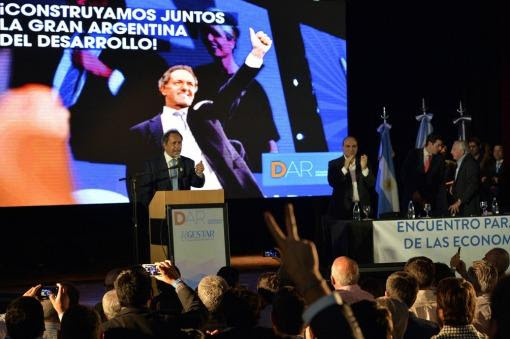 """ARGENTINA: """"Votar a Macri es volver al pasado, al ajuste y al endeudamiento"""""""