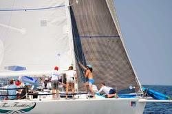 J/105 family sailing