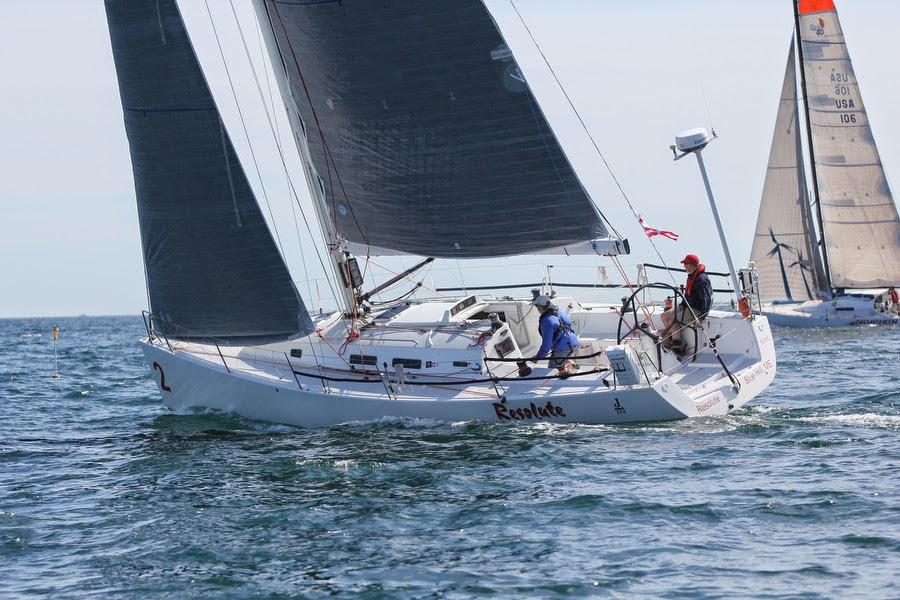 J/122 sailing from Newport to Bermuda