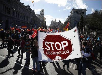Protesta de la plataforma STOP Desahucios en Madrid.