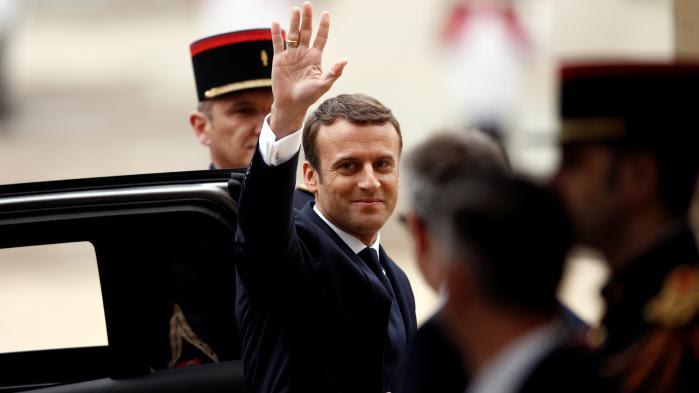 VIDEO. Passation de pouvoirs : revivez l'arrivée d'Emmanuel Macron à l'Elysée
