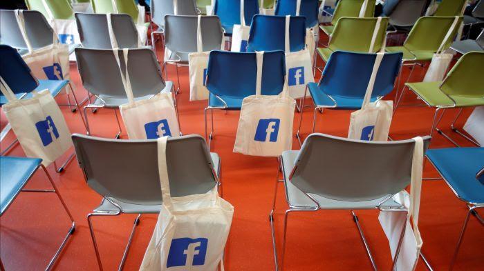 facebook sièges vides