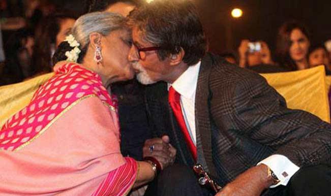 Image result for Amitabh Bachchan and Jaya Bachchan kissing